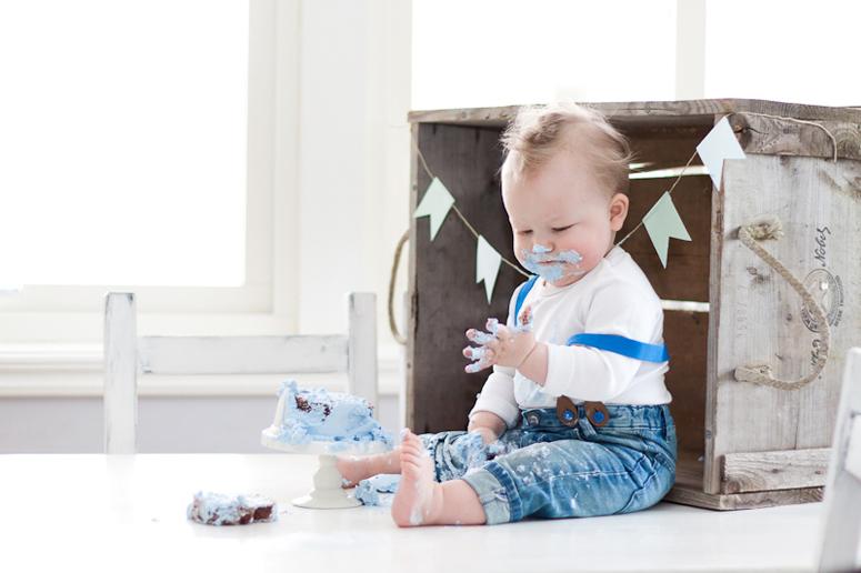 Cake smash barn fotograf Göteborg